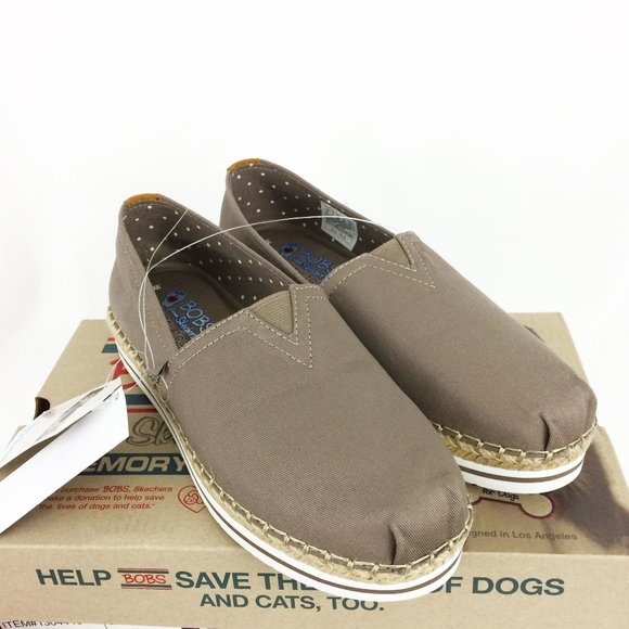 Skechers Bobs Breeze Taupe Womens Shoes